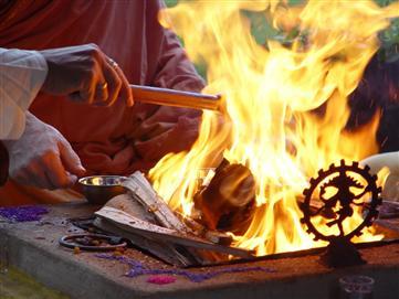 Havan – Fire Worship | Yogashakti Mission